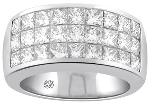 زيور آلات جواهر كه با اين تكنينك نگينهاي جواهر بر روي آنها سور شده است